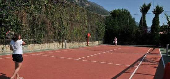 Turquoise Hotel: Tennis Courte