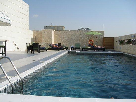 Cosmopolitan Hotel Dubai : бассейн