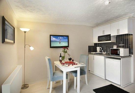 Lemon Residence: Suite room