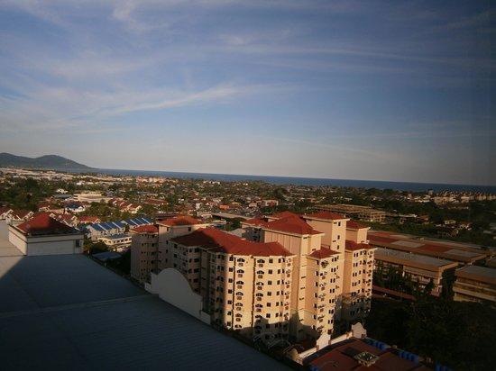 Promenade Hotel Tawau : View from room