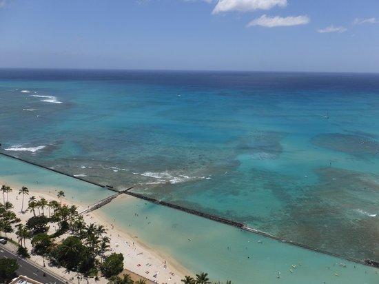 Aston Waikiki Beach Tower: 眼下に広がるワイキキビーチ