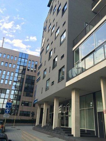 Aloft Brussels Schuman Hotel : Voorzijde hotel
