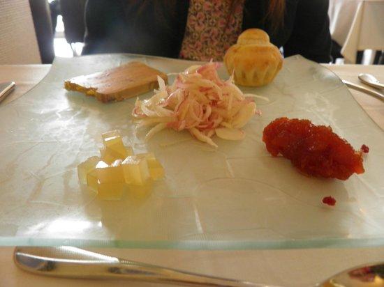Hôtel Kerloc'h Gwen : assiette de foie gras ( +2€ supp)