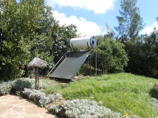 Rhino Watch Safari Lodge: Solar Heater