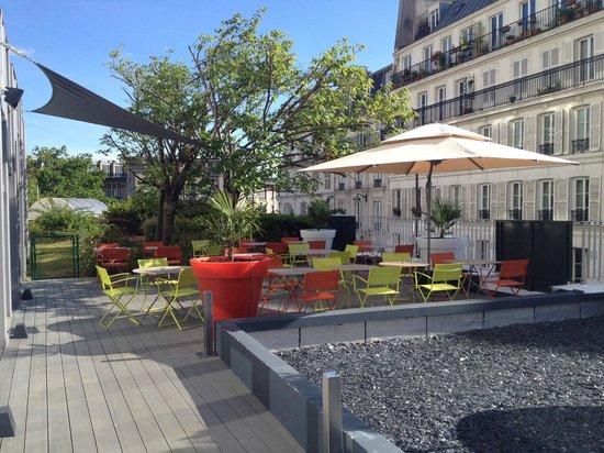 Mercure Paris Montmartre Sacre Coeur: Terrasse