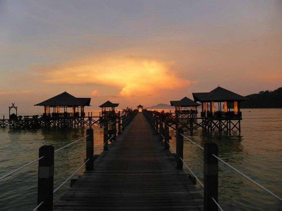 Bunga Raya Island Resort & Spa: Sunset from the jetty