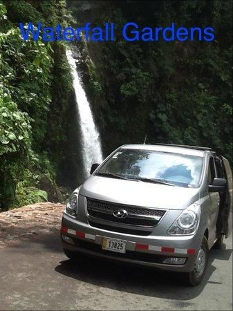 Abner's Custom Costa Rica Tours: Water Falls Gardens