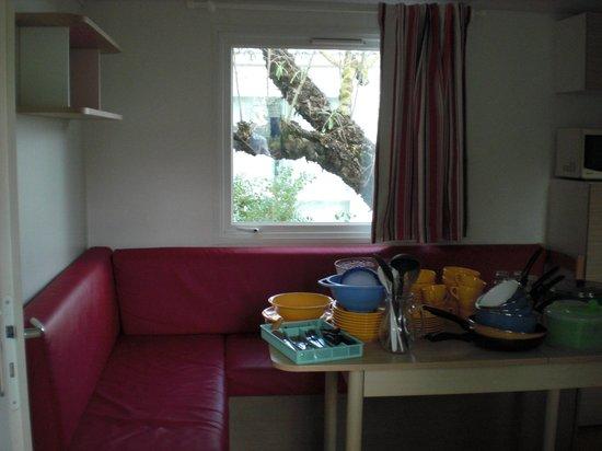 Camping L'Anse des Pins : Interieur mobil-home 1