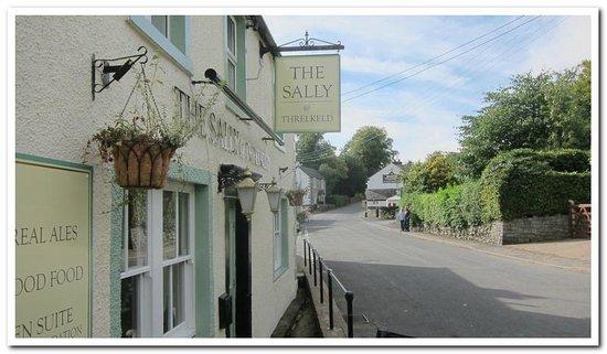 Salutation Inn : Our Beautiful Pub