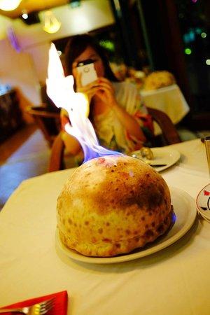 Papa's Cafe : Signature Vulcano Pizza
