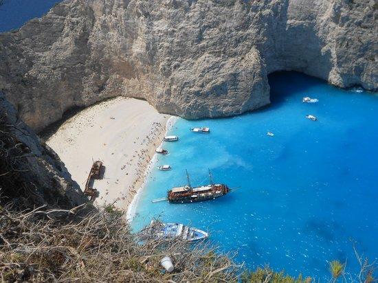 A boat trip to Shipwreck beach in Zakynthos | Boat trips ... | 412x550