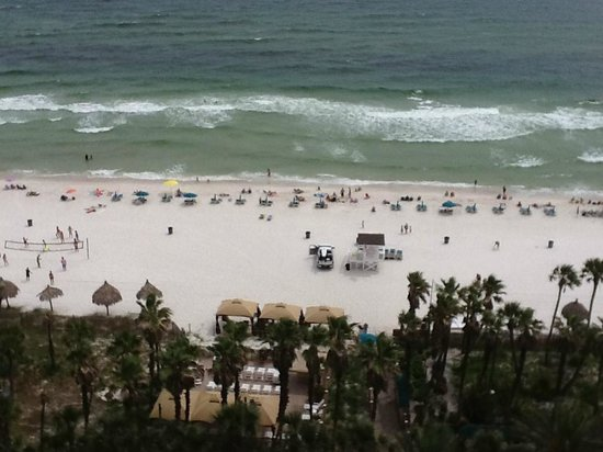 Holiday Inn Resort Panama City Beach: View of beach from balcony