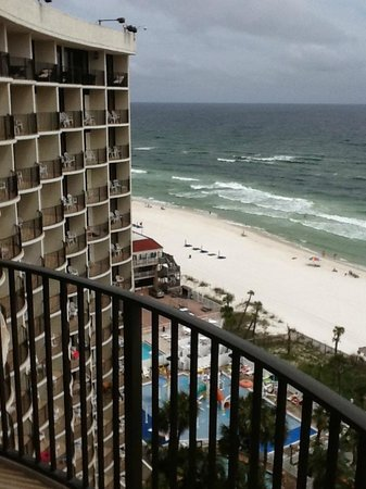 Holiday Inn Resort Panama City Beach: View of hotel and beach from balcony
