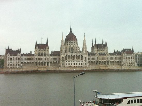 Novotel Budapest Danube : View from Novotel room.