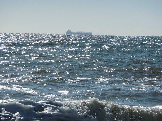 Rehoboth Beach : Ship at Sea May 2014