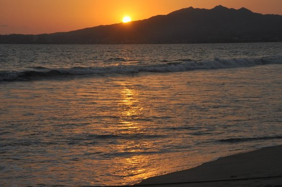 Hotel Riu Vallarta: beautiful sunsets