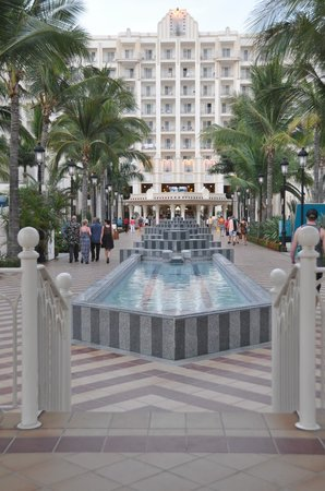 Hotel Riu Vallarta: smaller, easily walkable resort