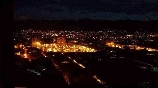 Hostal Wara Wara : View from the room at night