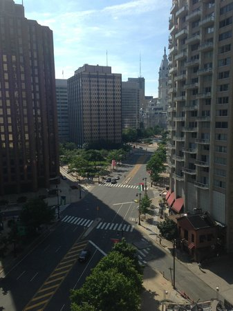 Embassy Suites by Hilton Philadelphia - Center City: View from 11th Floor Room