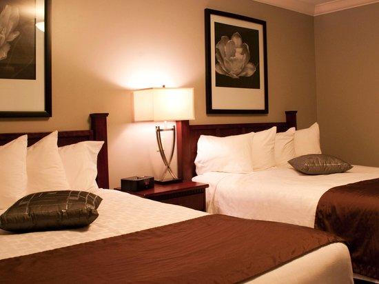 Willow Bend Motel: Deluxe 2 Queen Beds