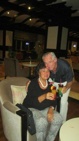 Melas Resort Hotel: Beim Apperitiv