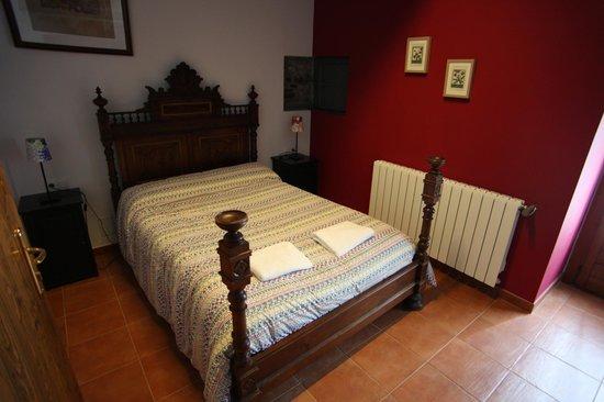 Can Soler De Rocabruna: Habitación de Cal Masover