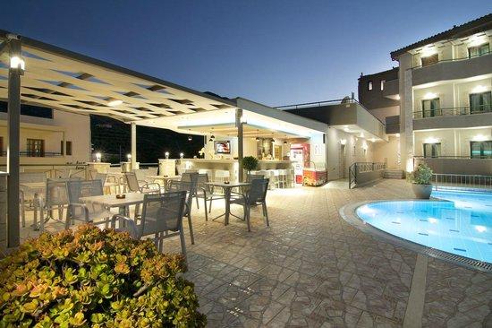 Amalia Apartments Bali Grekland Omd Men Och