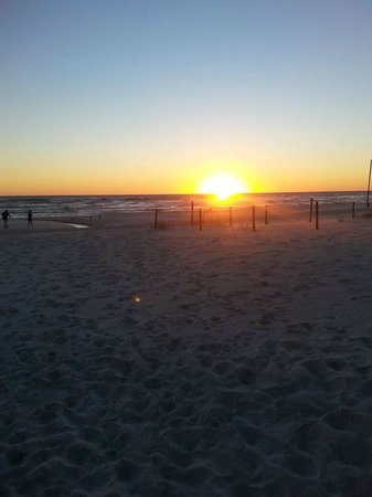 Wyndham Vacation Resorts Panama City Beach: Sunset view from the beach