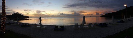 Palau Pacific Resort: Sunset on the beach