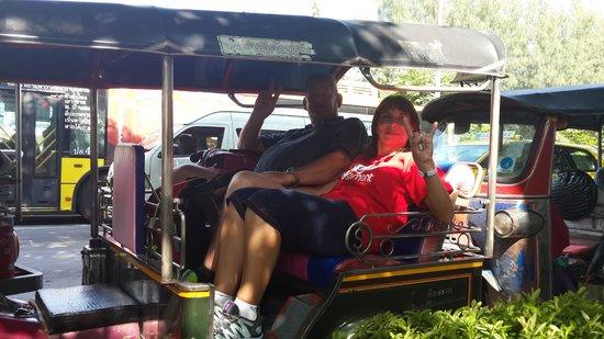 Narai Hotel: A tuck tuck ride