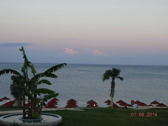 Kolymbia Beach Hotel : закат