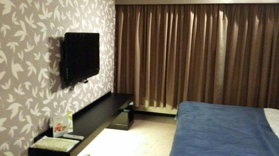 Hotel Yasmin Kosice: Bedroom