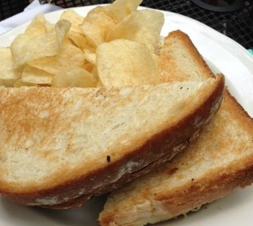 Pigeon Hole : Grilled Cheese sandwich