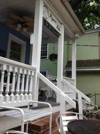Pigeon Hole: Front porch entrance