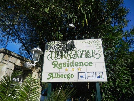 Hotel Residence Le Terrazze: Panneau entrée