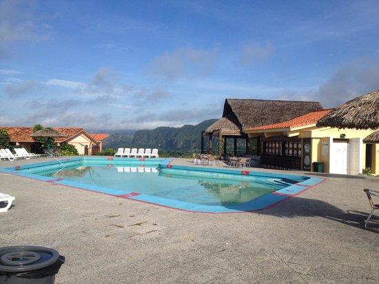 Horizontes La Ermita: the pool