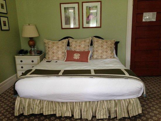 Omni Mount Washington Resort: Our King Room