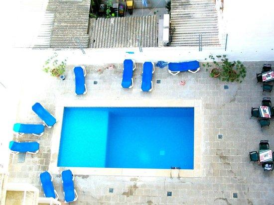 Hotel Gracia: piscina vista dall'alto
