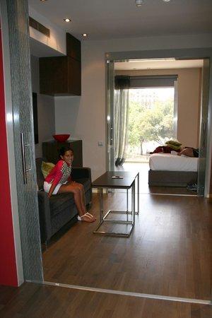 Olivia Plaza Hotel: Room