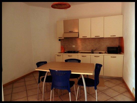 Hotel Estoril : Appartamento cucina