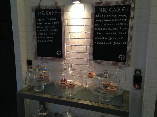 Mr. Cake Cologne: Some of the WONDERFUL cakes!!!