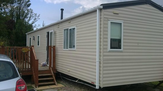 Par Sands Coastal Holiday Park: Outside view of caravan