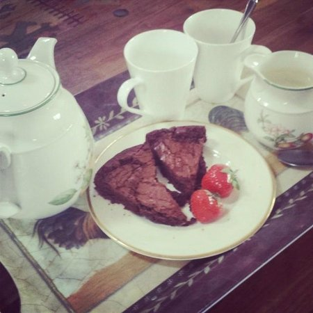 Broad Park House: Homemade brownie on arrival