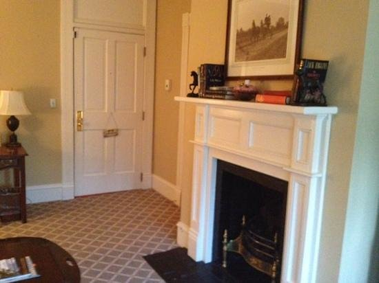 The Willcox: fireplace in barrymore suite