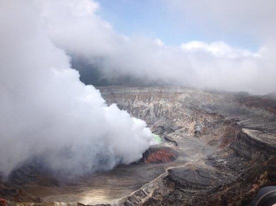 Abner's Custom Costa Rica Tours: Poas Volcano