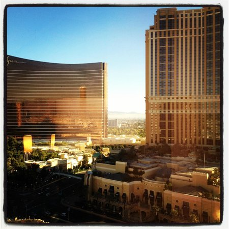 Treasure Island - TI Hotel & Casino: Basic Room View