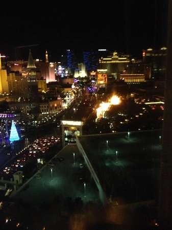 Treasure Island - TI Hotel & Casino: Looking down the strip (Suite View)