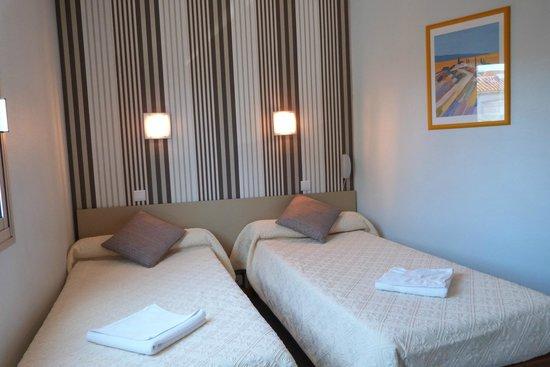 Hotel Kennedy: Chambre lits jumeaux