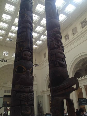 The Field Museum: Totem