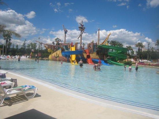 PortAventura Caribe Aquatic Park: 0.50m pool with slides